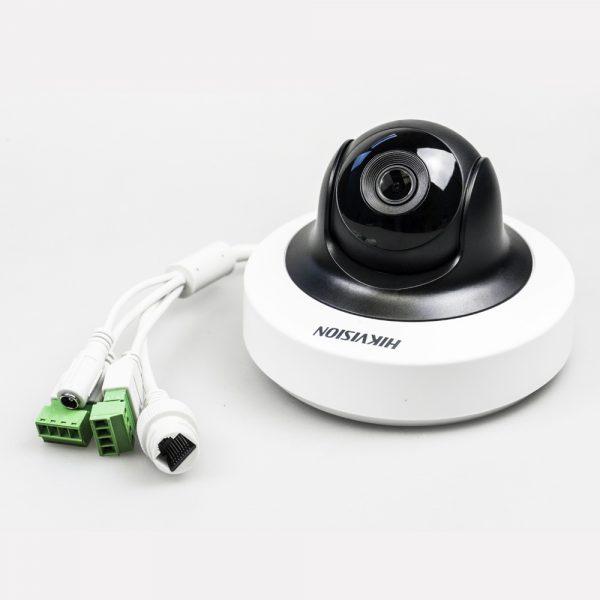 Фото 5 - Hikvision DS-2CD2F42FWD-IS + ПО TRASSIR в подарок. 4Мп IP-камера с функцией наклона и поворота.