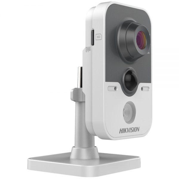 Фото 3 - Hikvision DS-2CD2442FWD-IW + ПО TRASSIR в подарок. Беспроводная IP-камера 4Мп с ИК-подсветкой и WDR 120дБ для офиса и дома.