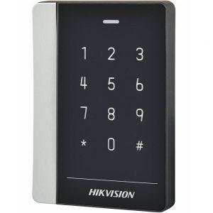 Фото 36 - Уличный считыватель Mifare карт Hikvision DS-K1102MK с клавиатурой.