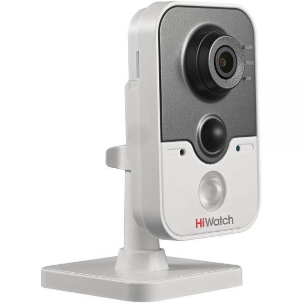 Фото 1 - HiWatch DS-T204. FullHD мини-офисная TVI-камера с ИК-подсветкой и звуком.